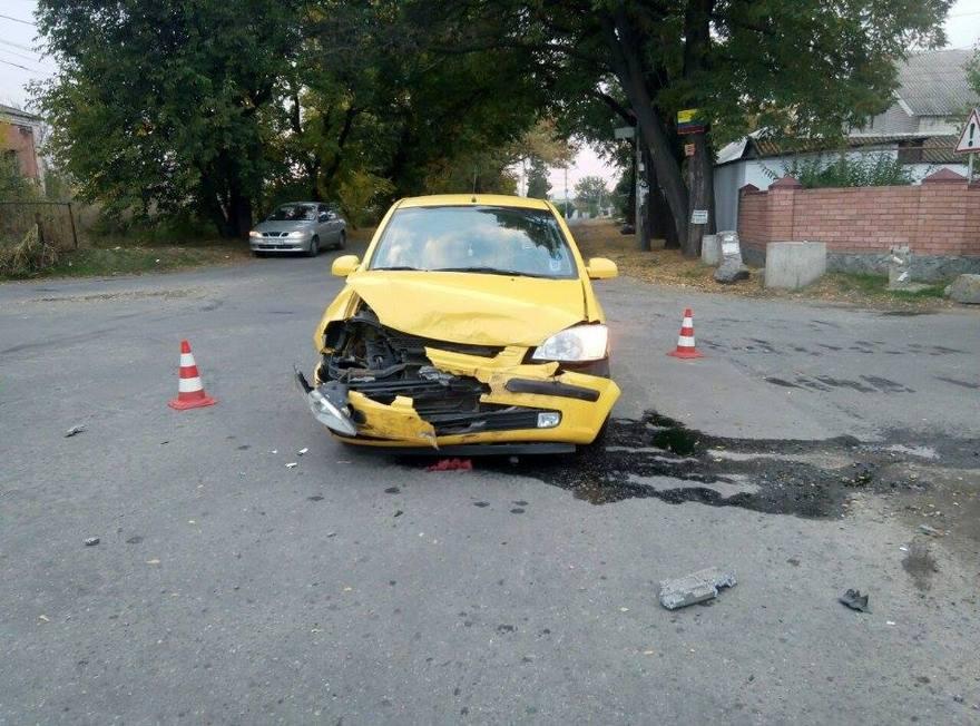 """ДТП в Днепре: столкнулись """"Hyundai Getz"""" и """"Volkswagen Passat"""" (фото)"""