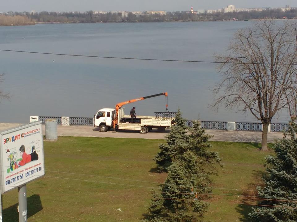 Изуродованную Набережную вновь восстановили (фото)