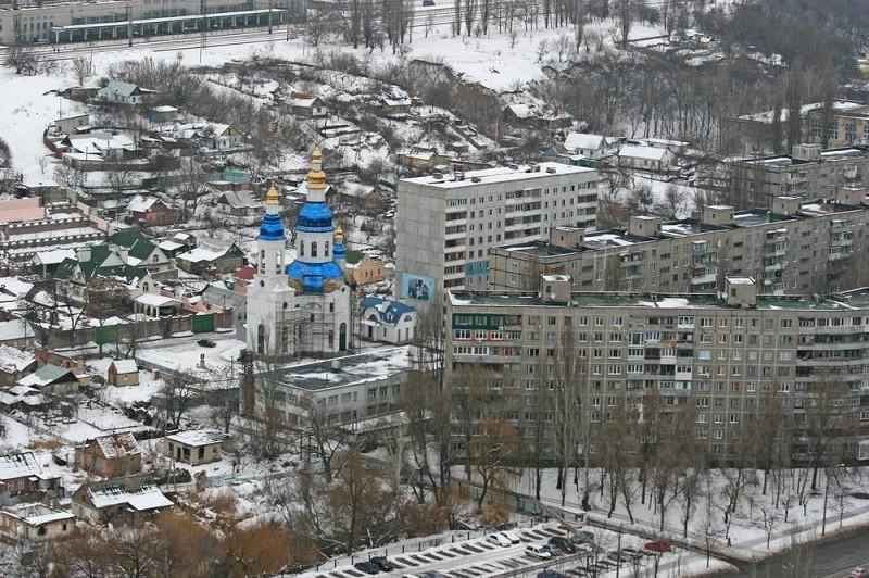 Кошмар на Мандрыковской: панихида по погибшим из-за взрыва газа (фото)