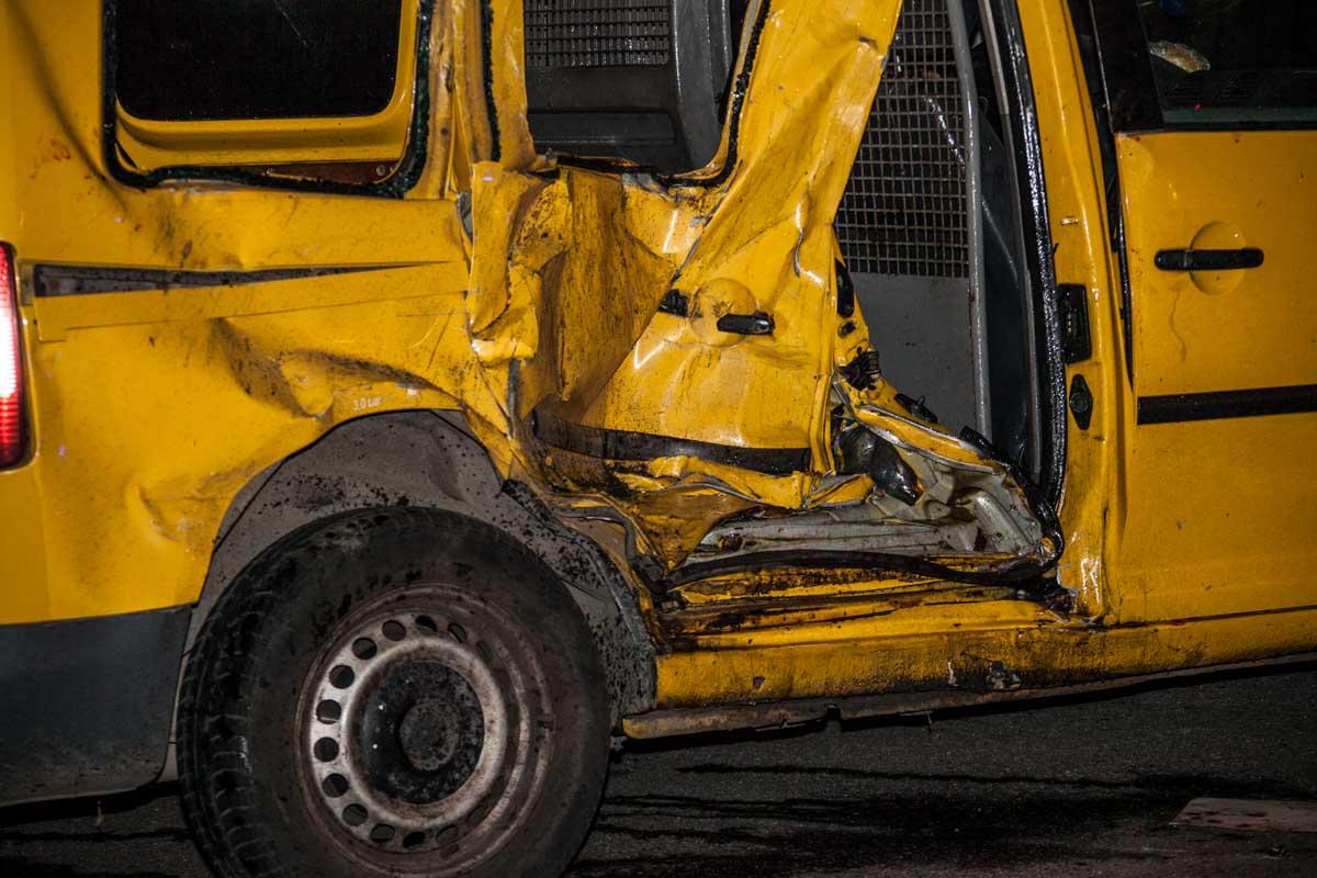 На Рабочей Volkswagen врезался в Toyota: есть пострадавшие