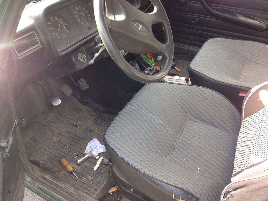 Угнанный в Днепре автомобиль нашли в соседнем городе