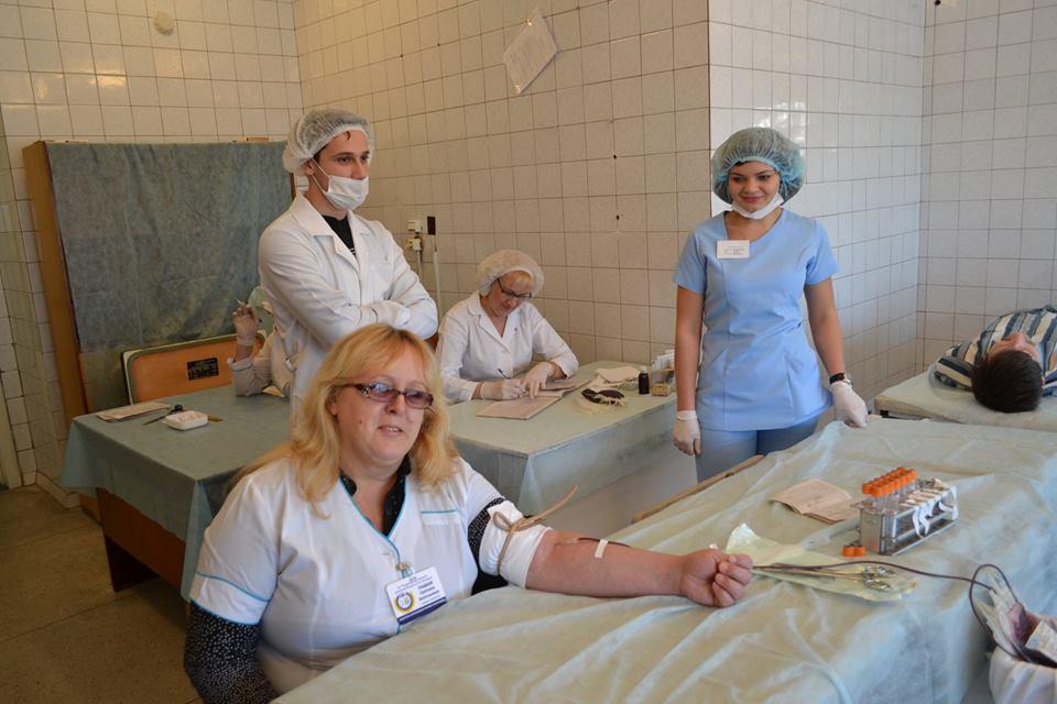 Ужасные ранения бойцов в Мечникова: поломанные кости, пробитые головы (фото)