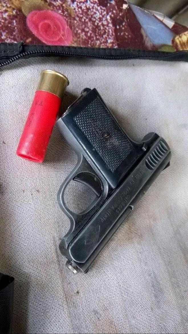 В Днепре СБУ изъяла арсенал оружия у членов преступной группировки