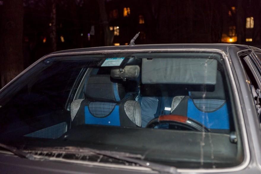 В Днепре в салоне такси умер мужчина (фото)