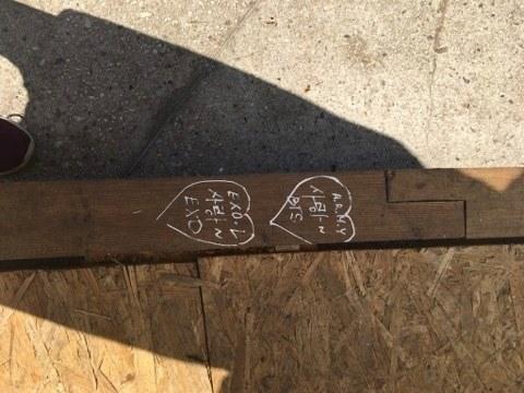 В Днепре вандалы «поиздевались» над новой сценой в парке Шевченка (Фото)
