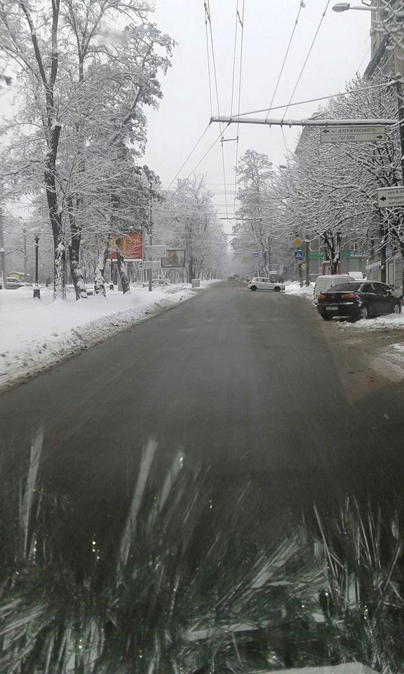 Водители общественного транспорта благодарят Лысенко за чистые дороги (фото)