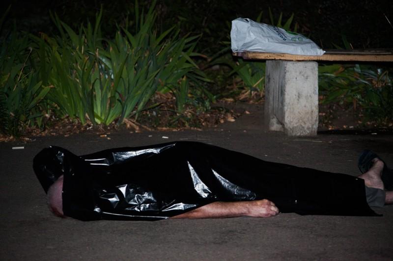 Вышел попить пива и не вернулся: на Победе убили 55-летнего мужчину